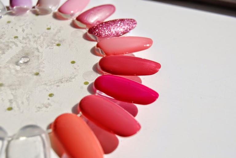 Charlotte's Summer Nails