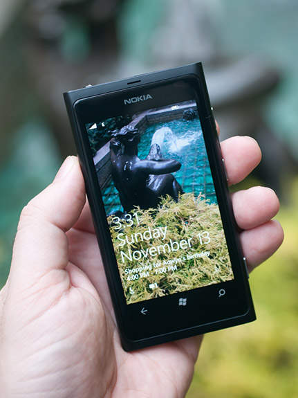 Nokia Lumia 900 Dikatakan Bakal Hadir Dengan Prosesor 14 GHz Layar ClearBlack AMOLED 43 Inchi Serta Kamera 8 MP Ponsel Windows Phone Berikutnya