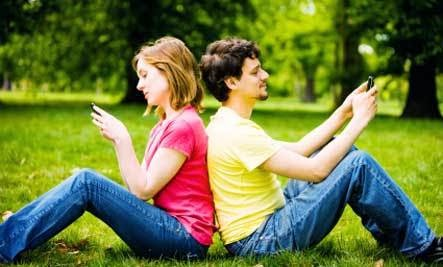 Does Your Relationship Need a Digital Detox - man woman use self-phone mobile cellular