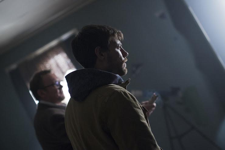 primeiras imagens de OUTCAST nova séries do criador de The Walking Dead, Robert Kirkman