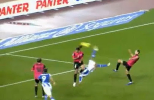 Real Sociedad player Carlos Vela scores with a brilliant bicycle kick against Málaga