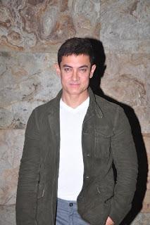 Amir Khan at special screening of 'Ship Of Theseus'