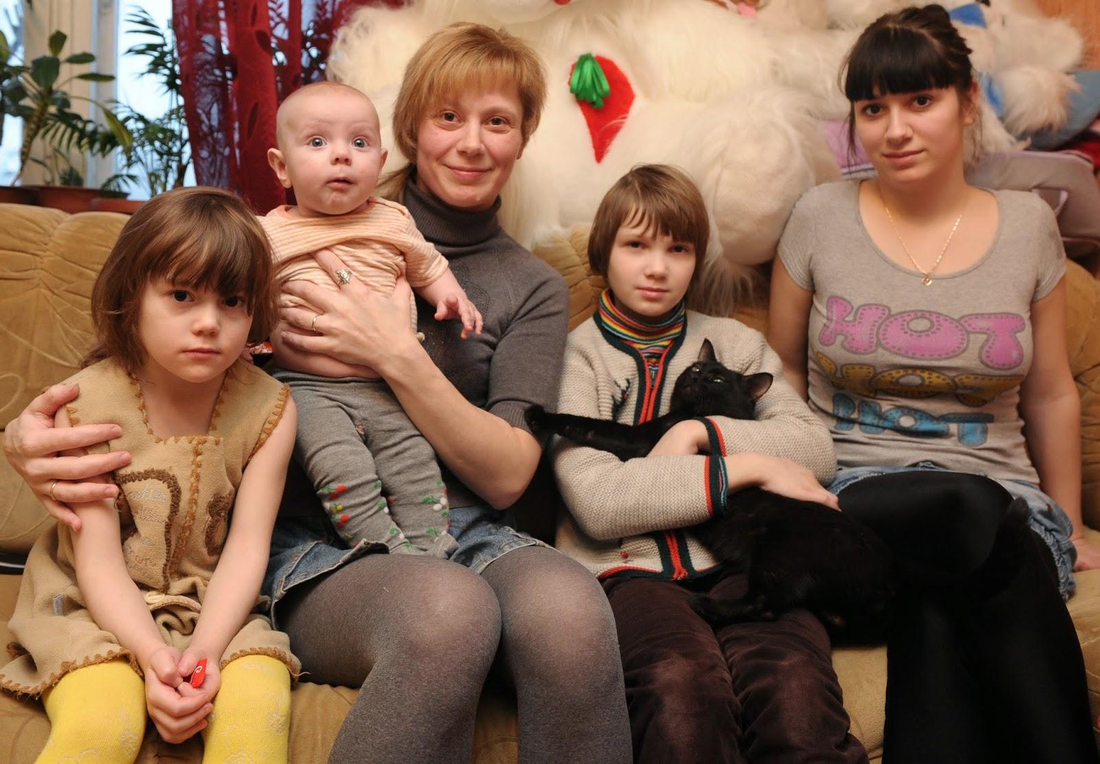 Алина кабаева родители фото