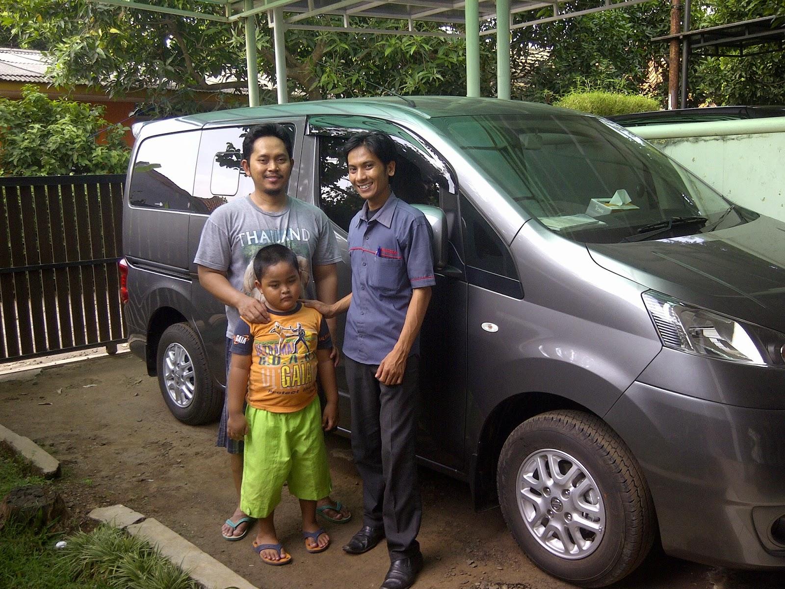 Terimakasih atas kepercayaan Pak Muhammad & Keluarga yg telah membeli New Evalia melalui media www.touchnissan.com.  Semoga Berkah ya Pak...