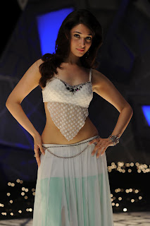 MIlky White Actress Tamannah Spicy Pictures Exposing her