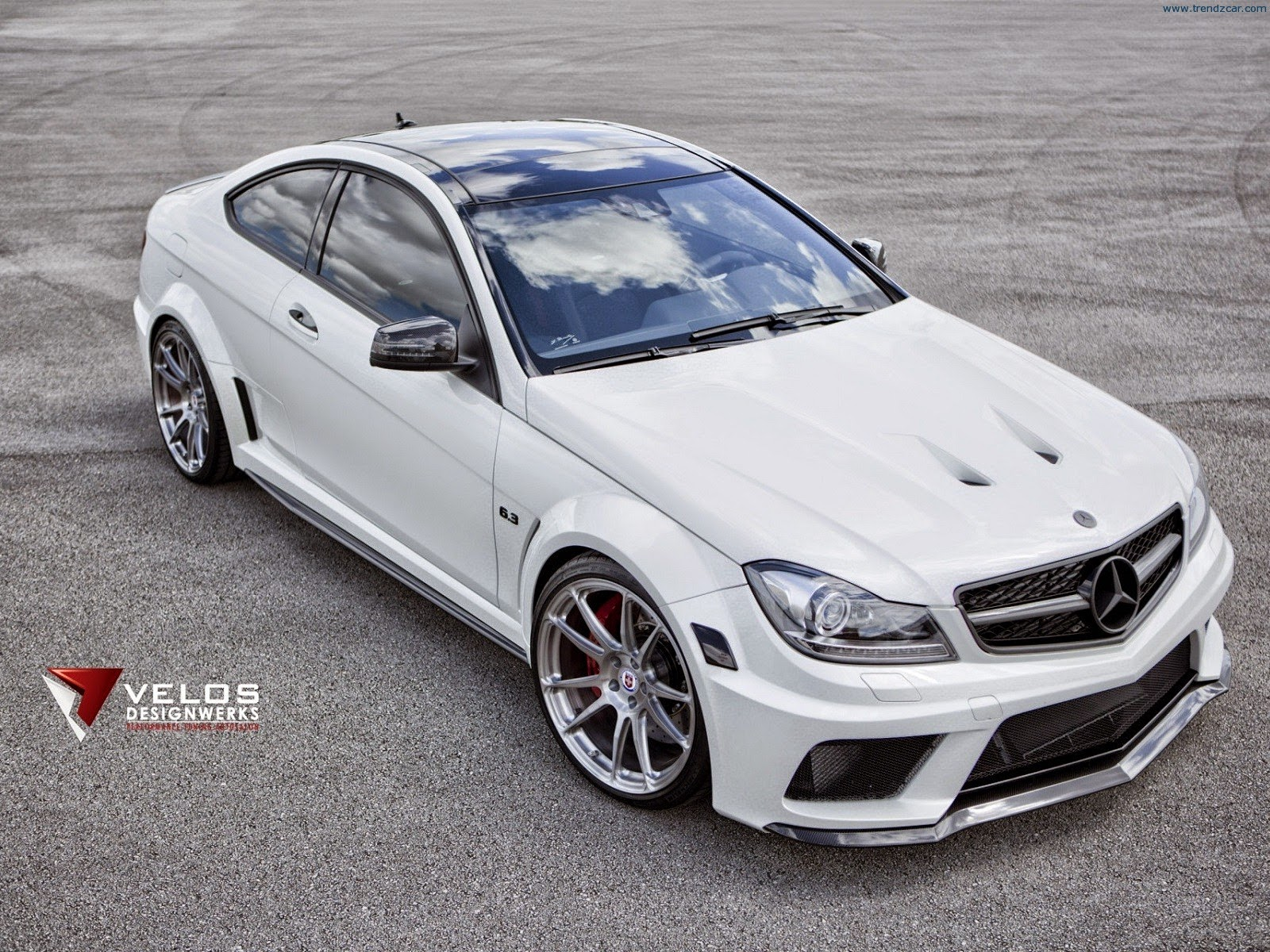 Mercedes benz c63 amg black series by velos designwerks for Mercedes benz amg c63 coupe