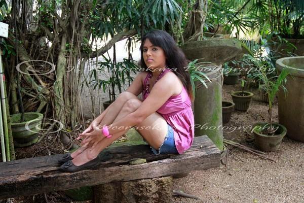 Nuwangi Bandara shorts