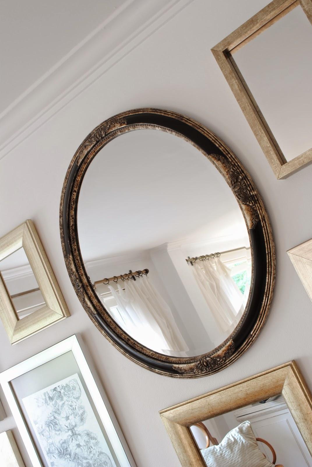Paz montealegre decoraci n espejos ovalados y alargado for Espejo ovalado plata