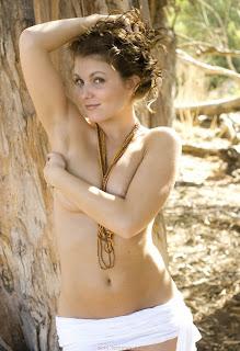 顽皮的女孩 - feminax-sexy-stella-nude-poses-looking-for-a-cock-as-big-as-tree-7-792703.jpg