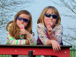 cool kids with popsicles