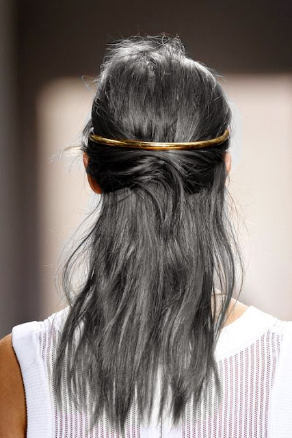 Ganchos para prender cabelo tendência primavera-verão 2015
