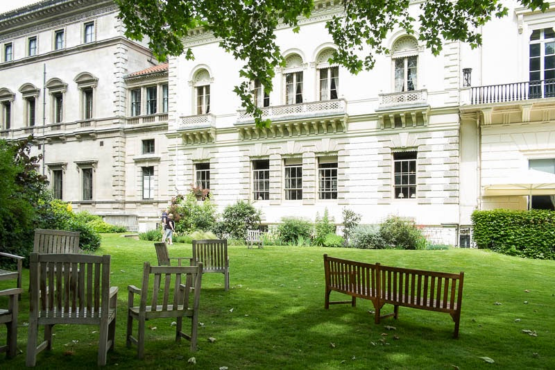 Fresh eyes on london carlton house terrace gardens for 18 carlton house terrace