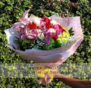 toko bunga dijakarta, florist jakarta, handbouquet bunga mawar, handbouquet bunga lily, rangkaian bunga segar, toko bunga jakarta selatan, toko bunga disenayan