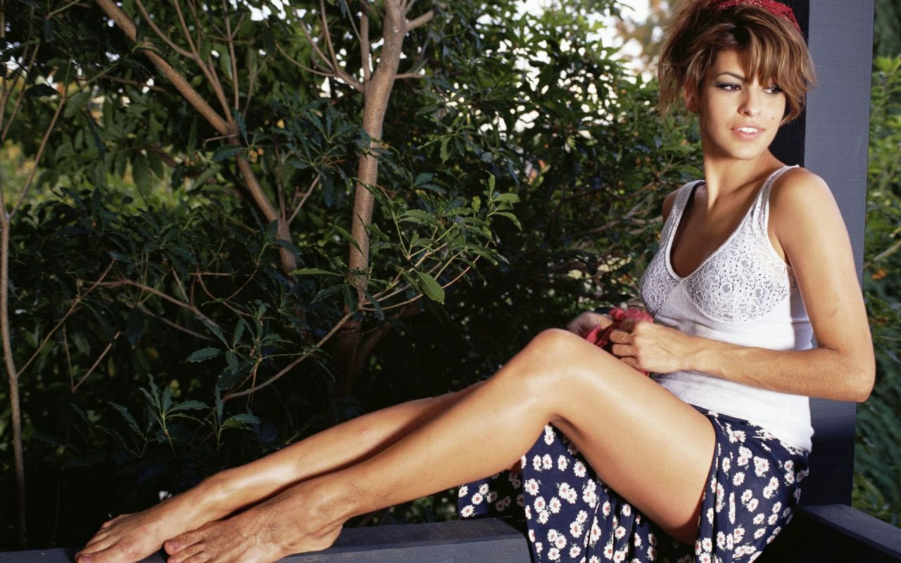 Eva mendes best picture at garden hot wallpaper