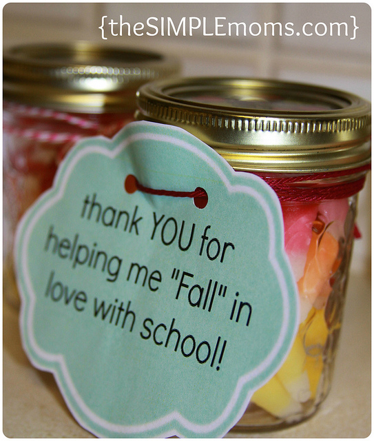 Shine kids crafts 12 easy thanksgiving gifts for teachers for Thank you crafts for teachers
