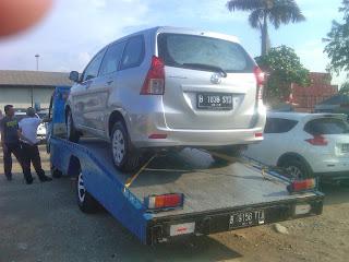 Pengiriman Avanza B 1038 SYD Jakarta ke Balikpapan