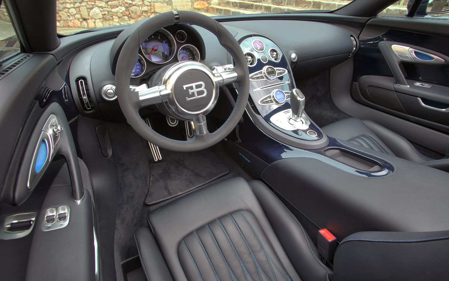 bugatti veyron grand sport vitesse interior bugatti veyron grand sport vitesse photo gallery. Black Bedroom Furniture Sets. Home Design Ideas