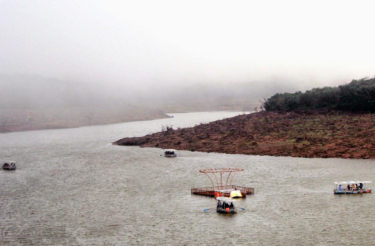 Boating at Venna Lake