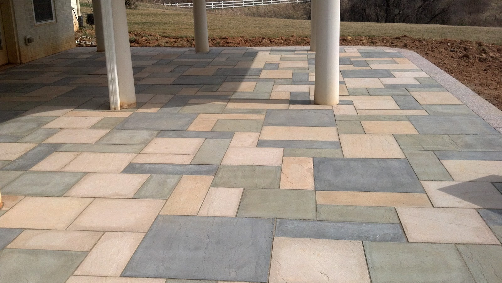 Life time pavers aberdeen slab pavers by techo bloc for Techo bloc