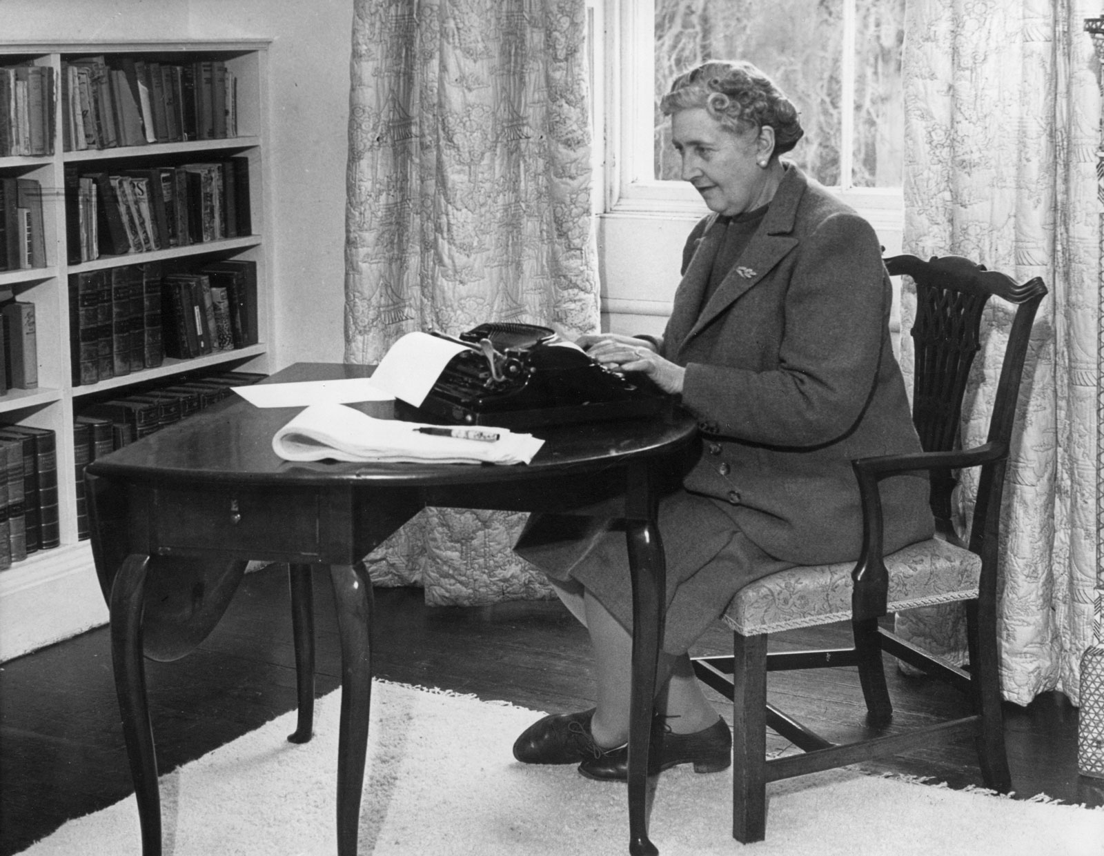 agatha christie essay 5 Apply for help if you need literature essays to be written for you  only by the  army of agatha christie's admirers, but also by the literary critics.