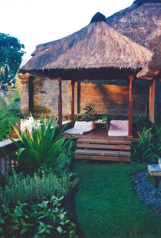 exteriors living Bali/lulu klein