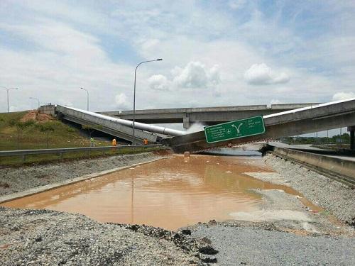 Gambar: jambatan Runtuh di Putrajaya / Cyberjaya 12