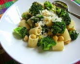 Broccoli Rigatoni with Chickpeas & Lemon
