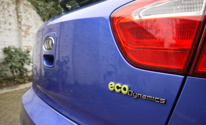 Kia Rio EcoDynamics badge