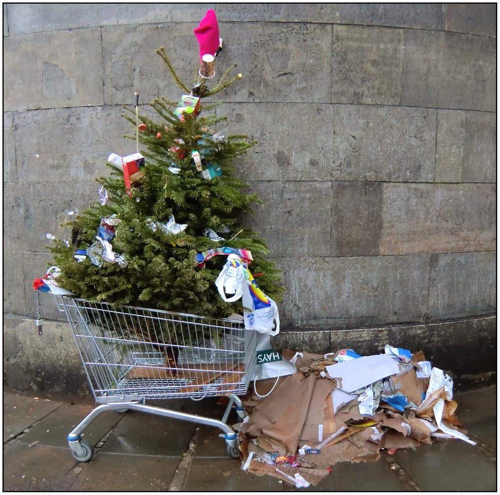 Weihnachten überstanden? Hier findet Euer Weihnachtsbaum einen ...