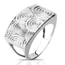 Anéis de prata masculino: Metal de luxo e sofisticação