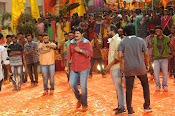 Dictator movie working stills-thumbnail-10