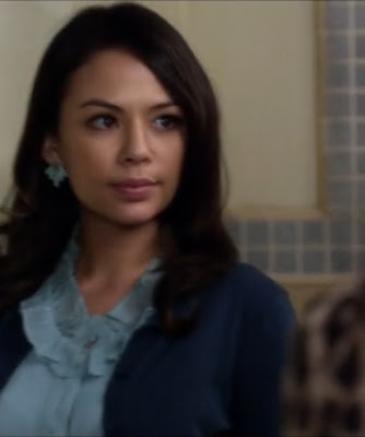 "Mona's Forever 21 Earrings  Pretty Little Liars Season 3, Episode 22: ""Will the Circle Be Unbroken?"""