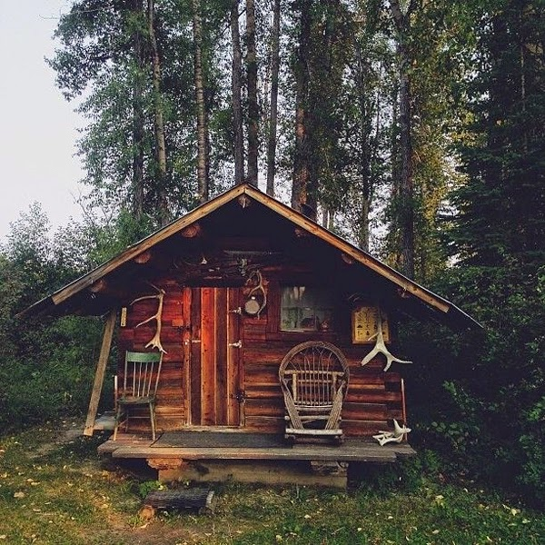 hippie tea party Little Things Teeny Tiny Cabins