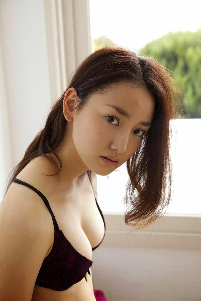 natsuko nagaike sexy bikini pics 04