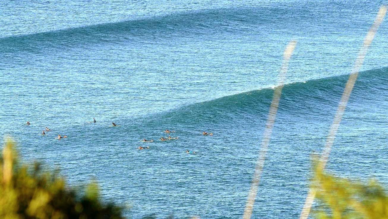 surfing menakoz 12