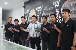 Karyawan kami