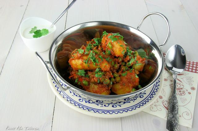 Aloo dum - indyjskie curry z ziemniaków