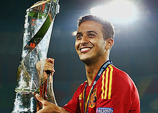 Manchester United In The Line For Thiago Alcantara