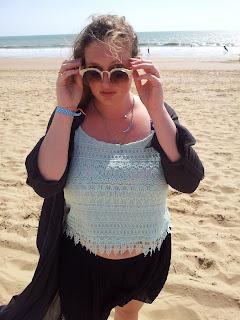 lusine-a-lunettes-myconos-plage-ootd