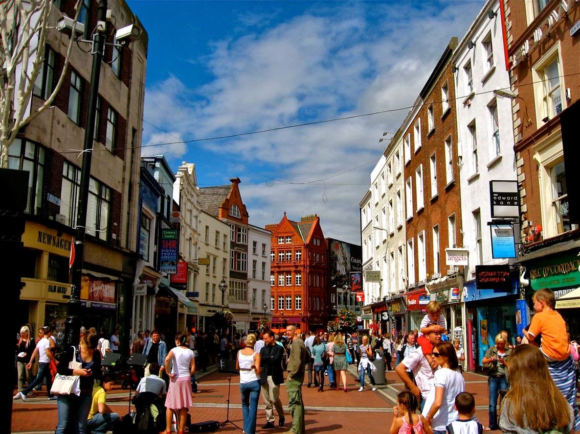 Ms havachat dublin sightseeing series grafton street for Classic house green street dublin 7