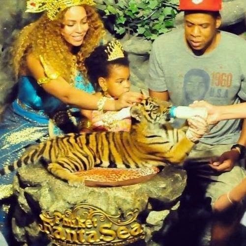 Beyonce In Trouble Over This Picture!