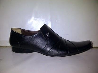 Sepatu kantor,murah,sepatu kerja kantoran, www.suppliersepatumurah.com