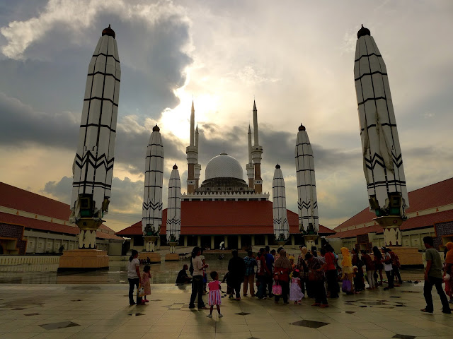 Cam nang du lich den thanh pho Semarang Indonesia