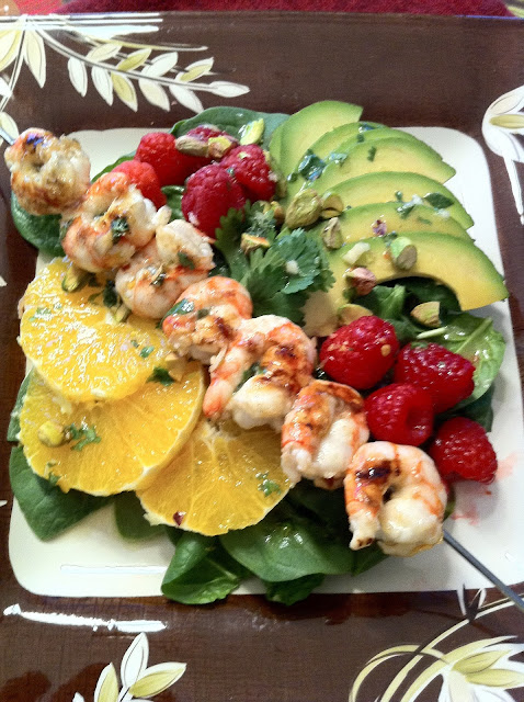 spinach salad with grilled shrimp and avocado recipe