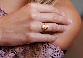 usa news corp,  Layanne Souza, beadedindia.com,chan luu multi stone wrap bracelet in Laos, best Body Piercing Jewelry