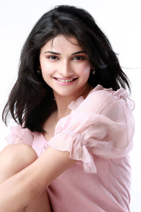 1 - Prachi Desai beautiful pics