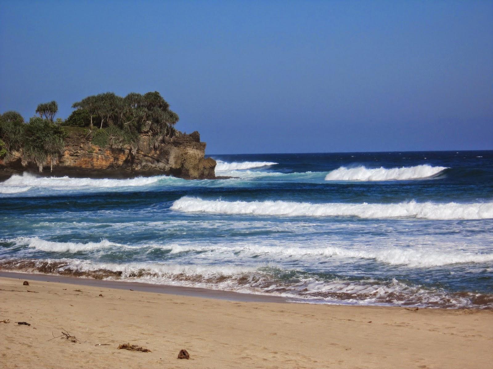 Hasil gambar untuk Pantai Nganteb