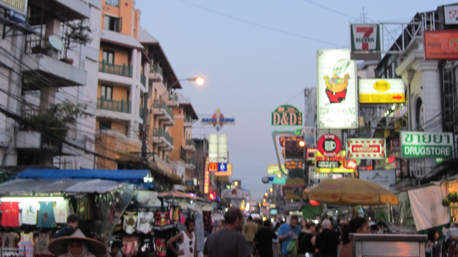 run, gloria, run!: Khao San Road