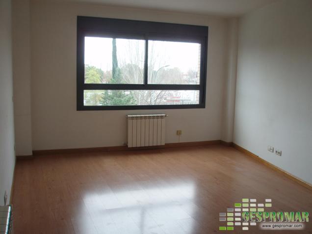 Coches manuales pisos en alquiler segunda mano for Pisos banco sabadell