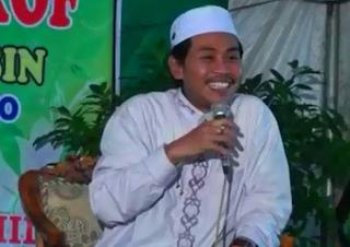 Download Kumpulan Ceramah mp3 KH. Anwar Zahid Lengkap